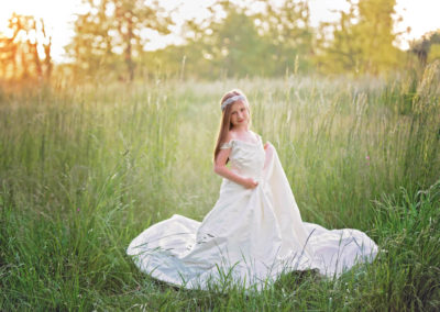 puyallup child photographer wedding dress mom tacoma little girl 3