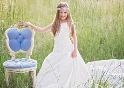 puyallup child photographer wedding dress mom tacoma little girl 1