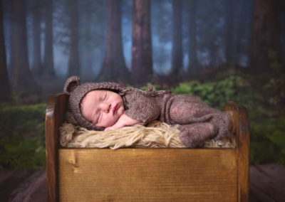 Puyallup newborn photographer boy baby studio bears blue parent sibling shots nutraul colors-4