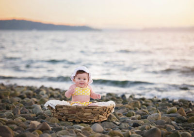 puyallup, photographer, 9 month, girl, champers bay, driftwood bowl, pink tutu, water-8
