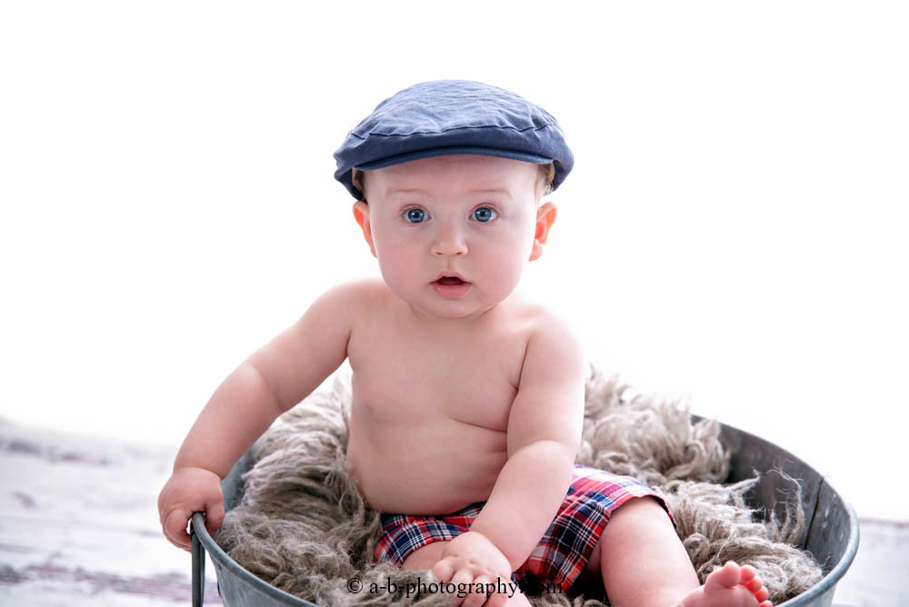 puyallup, children, photographer, 6 months, grow with me, baby boy, indoor, studio, football-4