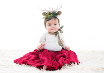 puyallup child photographer children one year spaghetti smash cake grow with me studio simple-10
